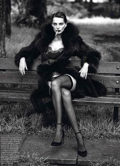 Daria Werbowy   Mert & Marcus   Vogue Paris September 2012   'LeNoir'