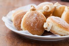 Maple meringue filled doughnuts. Wish someone would make me these... (hint, hint)