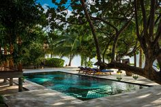 The pool at Turtle Inn, Belize