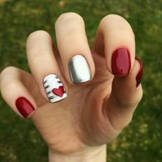 35 Pretty Nail Art Designs for Valentine's Day 2019 Uñas Acrilicas 💅 Matte Nails, Pink Nails, Acrylic Nails, Red And Silver Nails, Pink Shellac, Coffin Nails, Red Chrome Nails, Shellac Nails, Stiletto Nails