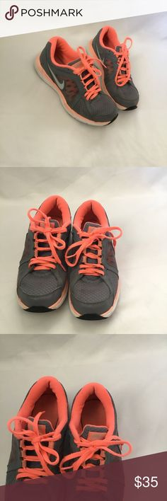 Nike Dual Fusion ST3 Great condition Nike's. Perfect for jogging. See photos for minor wear. Have been thoroughly cleaned. Shoe laces need to be changed and new laces are included in purchase. Nike Shoes Athletic Shoes