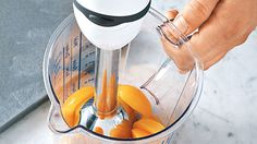 Whether you want to blend, puree or roughly chop, an immersion blender is your one-stop shop. These 10 tips examine new uses for your immersion blender and tricks for getting the most out of this useful device. Smoothie Makers, Smoothie Blender, Smoothies, Immersion Blender Recipes, Kitchen Hacks, Kitchen Gadgets, Kitchen Stuff, Vitamix Recipes, Hand Blender