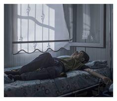 Fotógrafo captura imagens de crianças refugiadas da Síria  MOHAMMED, 13, EM UM HOSPITAL EM NIZIP, TURQUIA