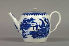 A Worcester Porcelain Teapot and cover c.1770-1780, transfer-printed with 'Fisherman' print in underglaze blue.