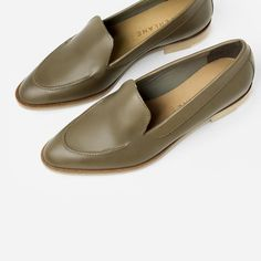 Le Fashion Blog -- Shoe Crush: Everlane The Modern Loafer in Olive -- photo Le-Fashion-Blog-Shoe-Crush-Everlane-The-Modern-Loafer-Olive.jpg