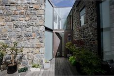 MOOARC Transforms a 15th Century Stone Barn Into a Light-Infus...