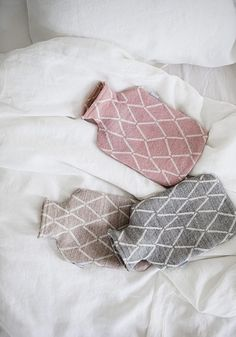 Eskimo hot water bottle, beige - Accessories - Bathroom - The most comprehensive selection of Finnish and Scandinavian design online. All in-stock items ships within 24 hours! Textile Patterns, Textiles, Toilet Accessories, Wool Blanket, Scandinavian Design, Print Design, Water Bottle, Beige, Throw Pillows