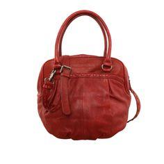 Zum Knautschen und Verlieben: Hazelnut von #FREDsBRUDER packen Taschen-Liebhaberinnen bei der Bescherung gerne aus! Diese butterweiche Leder-Versuchung gibt es in vielen, tollen Farben!  #Lieblingstasche #xmas #presents
