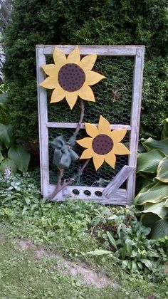 sunflowers on window frame Wood Slice Crafts, Wooden Crafts, Craft Stick Crafts, Fun Crafts, Diy And Crafts, Wooden Welcome Signs, Diy Wood Signs, Wood Projects That Sell, Crafty Projects