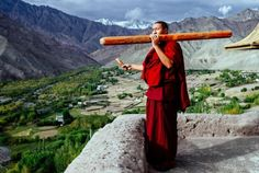 smithsonianmag:Photo of the Day: Call to Morning Worship A monk of the Matho Gompa Buddhist monastery sounds for morning worship.  Photo by David Navais; Matho Gompa, Ladakh, India