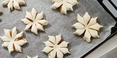 Artikkelin kuva Sweet And Salty, Cookie Cutters, Trifle, Baking, Recipes, Food, Desserts, Tailgate Desserts, Deserts