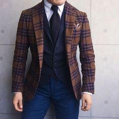 . 2016/12/06. . おはようございます✨. . 今日はこんな感じで✨. . Jacket #DePetrillo Shirts #barbanapoli Gilet #TAGLIATORE Tie #LUIGIBORRELLI Chief #Petronius Pants #Santaniello * * * #mensstyle #mensfashion #menswear #mnswr #wiwt #fashion #fashionstyle #fashionable #me #photooftheday #picoftheday #instagood #instastyle #instafashion #IGfashion #instacool #coordinate #dapper #ootd #outfit #outfitpost #fashiongram #gentleman #beamsf