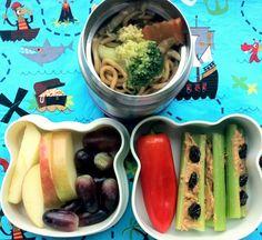 Leftover Lo Mein Bento - RachelsRandom.com #kotobuki #bento #leftovers #vegetarian