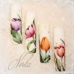Nail art with Mijello for Moyra watercolour. #moyra#watercolours#flower#tulip#mijello#