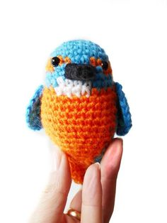 Kingfisher Amigurumi Crochet Pattern - Bird