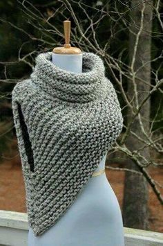 Free Knitting Pattern for Cable Braid Edged Shawl in Bulky Multicolor Yarn croc .Free Knitting Pattern for Cable Braid Edged Shawl in Bulky Multicolor Yarn croc . Crochet Cowl Free Pattern, Knit Patterns, Crochet Stitches, Knit Crochet, Knit Cowl, Crochet Granny, Easy Crochet, Simple Knitting Patterns, Crochet Caplet