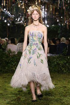 Défilé haute couture Printemps-Été 2017