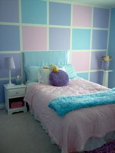 How to paint squares and stripes on your walls