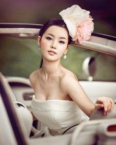 #bridalmakeup #asianmakeup #lightmakeup Asian bridal makeup, light application.