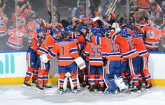 Edmonton Oilers defeat the Anaheim Ducks and move into first place in their division.