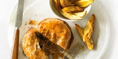 Spicy Beef Pot Pies | Baking | MiNDFOOD