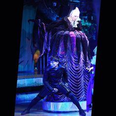 闇の女王と闇の相原さん  #相原由朋 さん #藤田沙知 さん #miraclegiftparade #ミラクルギフトパレード #puroland #ピューロランド #kawaii #ピューロランドダンサー #ピューロダンサー #sony #SonyAlpha #sonya7 #sal85f28  #puro25th  撮影:2016.06.19 Sanrio Characters, The Darkest, Kawaii, Queen, Concert, Gift, Instagram Posts, Show Queen, Recital