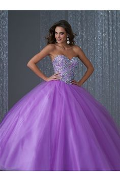 Lovely Ball Gown Strapless Lilac Tulle Beaded Quinceanera Prom Dress
