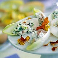 Blue Cheese-Stuffed Endive-one pt per serving Endive Recipes, Appetizer Recipes, Appetizers, Good Food, Yummy Food, Tasty, Cheese Crisps, Cheese Toast, Healthy Snacks
