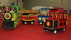 Trains For Sale, Wooden Toys, Barrel, Car, Ideas, Wooden Train, Trains, Recycling, Hilarious