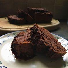 Ahoj všem! Doufám, že máte hezký víkend a přísahám, že s tímhle brownies bude ještě lepší, protože to je nebe v hubě, fakt! Budeme po...