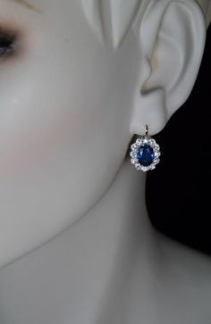 made between 1908 and 1917 in Warsaw, Poland (part of the Russian Empire at that time) Each gold earring is centered with an oval blue sapphire encircl Sapphire Jewelry, Sapphire Earrings, Cluster Earrings, Sapphire Diamond, Blue Sapphire, Gold Earrings, Antique Earrings, Antique Jewelry, Real Gold Jewelry