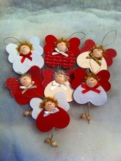 Merry Christmas Wishes : These are really lovely festive - iha miha christmas angels Merry Christmas Wishes : These are really lovely festive Diy Valentine's Ornaments, Christmas Angel Ornaments, Felt Christmas Decorations, Merry Christmas Greetings, Christmas Art, Christmas Projects, Green Christmas, Tree Decorations, Beautiful Christmas