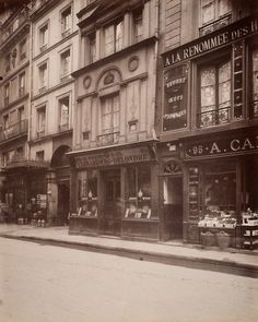 Eugène Atget, 1908 Au Bourdon d'or 93 Rue St. Honore, Premier Arrondissement.