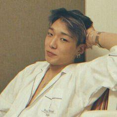 Ikon Wallpaper, Kim Ji Won, Korea Boy, Kim Hanbin, Fans Cafe, Best Husband, K Idol, Boyfriend Material, Bobby
