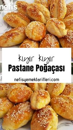 Breakfast Snacks, Breakfast Items, Food Platters, Food Dishes, Dinner Rolls Easy, Snack Recipes, Cooking Recipes, Turkish Recipes, Food Preparation