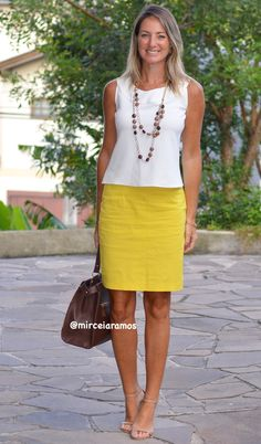Work look – look of the day – corporate look – fashion at work – work outfit – office outfit – spring outfit – executive look – summer look – summer outfit – yellow pencil skirt – White – Yellow pencil skirta Yellow Skirt Outfits, Pencil Skirt Outfits, Yellow Pencil Skirt Outfit, Work Looks, Looks Style, Casual Looks, Mode Outfits, Office Outfits, Casual Outfits