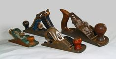 Stanley has been creating tools such as the bench plane since and it can be difficult to date an antique tool if you don't know where to look, according to the Stanley Company. There are twenty types of Stanley planes dating back to Woodworking Hand Planes, Antique Woodworking Tools, Carpentry Tools, Antique Tools, Old Tools, Vintage Tools, Woodworking Bench, Woodworking Projects, Woodworking Techniques