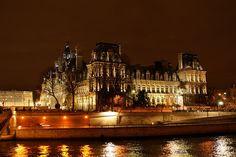 Rent the apartment PET MONTORGUEIL in Paris for less with Only-Apartments. Romantic Paris, Romantic Travel, Parvis, Paris At Night, World Cities, Beautiful World, Paris France, Travel Inspiration, Places To Go
