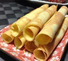 Clătite de orez - fără gluten Hot Dog Buns, Hot Dogs, Cheesecakes, Smoothies, Deserts, Healthy Recipes, Healthy Food, Low Carb, Gluten Free