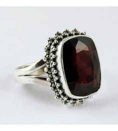 Delightful !! Red Garnet 925 Sterling Silver Ring, Weight: 7.4 g, Stone - Garnet, Size - 8 US, Wholesale Orders Acceptable, All Pieces have 925 Stamp