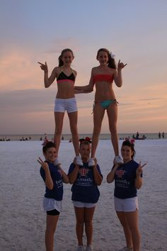 cheer beach cheerleaders pyramid p.0.1 #KyFun http://cheer-bows-glitter.tumblr.com/image/38248124817