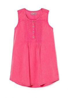 Хлопковая блуза без рукавов, с мелкими складками спереди. Круглый вырез горловины, планка с застёжкой на пуговицы, закруглённая линия низа. http://j.mp/1pNbjqo