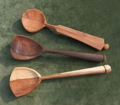 rowan, walnut cherry wood hand-carved serving spoons Jane Mickelborough :: spoons