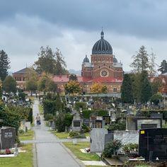 Allerheiligen und Allerseelen, Tage die uns daran erinnern, wie vergänglich alles ist. Ein Rundgang am Grazer Zentralfriedhof.  eBook von Graz auf www.auvi.info #picoftheday #death  #cemetery #grab #catholic #kirche #church #photooftheday  #steiermark