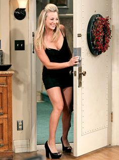 See Kaley Cuoco, Johnny Galecki, Jim Parsons, and the rest of the Big Bang Theory cast before they found their inner geeks on CBS Kaley Cucco, Blonde Actresses, Bollywood, Most Beautiful, Beautiful Women, Sexy Legs, Nice Tops, Bigbang, Her Hair