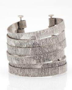 Love chunky silver jewelry.