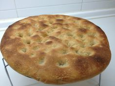 Pan de aceite casero - (Spanish) - Homemade Bread Oil - For those of you who like bread, today we will develop a good one. Bread is also known as oil cake Aranda. You can even eat a little warm, and that has little crumb.