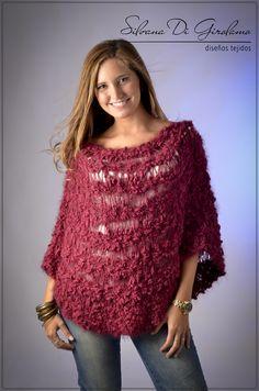 Poncho tejido en dos agujas   -   Knitted poncho                                                                                                                                                      Más