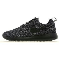 Black and white nike roshe run; These are my FAVORITE