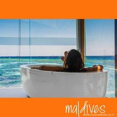 한폭의 그림같은 몰디브의 바다를 바라보며 즐기는 바쓰.... 몰디브 여행의 묘미! #힐링 #여행 #바쓰 #휴식 #몰디브 #리얼몰디브